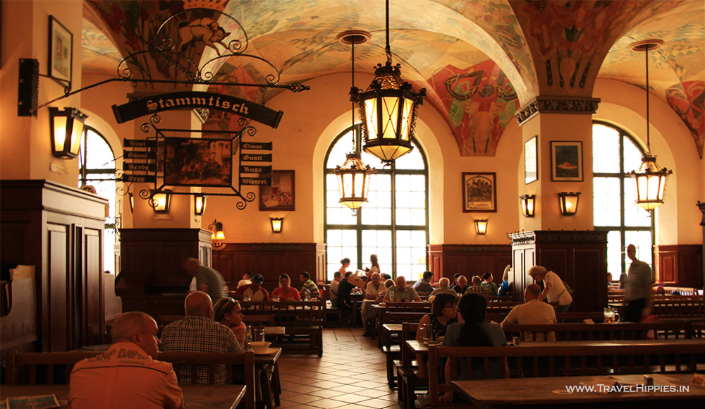 What to see at Hofbrauhaus
